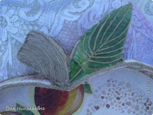 Сестрёнке на день рождения, дарю поднос в яблоках, изготовленный из картона. фото 11