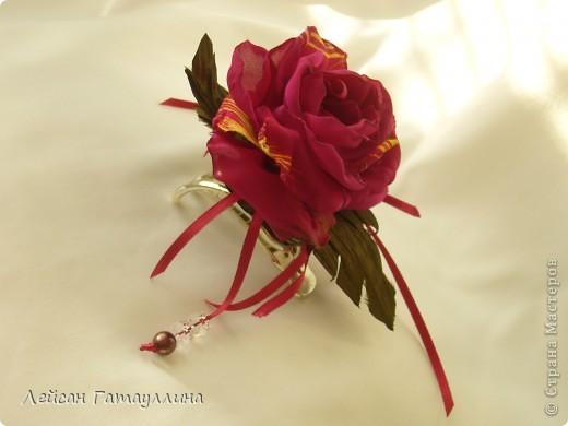 """Заколка-краб  """"Роза-пион"""". Шелк, тафта, атласные ленточки, бусины. фото 4"""