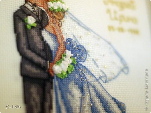 """""""Свадебный поцелуй"""" Очень мне понравился этот набор, нежненький такой, ну а самое главное - не только вышивка крестом, но и бисером, лентами. фото 3"""