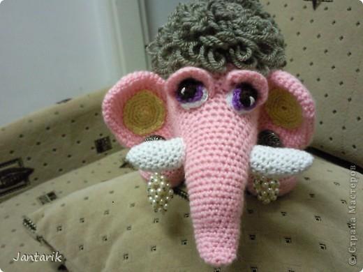 Знакомьтесь- маленькая мамонтёнка Лялечка от yuliya-kinsfater  .Я долго думала,как же мамонтёнок в женском роде будет?Мамонтиха-это уже взрослый образ и выдумалось новое слово -мамонтёнка. фото 7