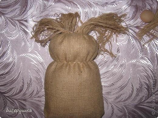 Сегодня я покажу МАСТЕР-КЛАСС по пошиву домовёнка с мешковины... фото 13