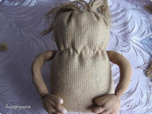 Сегодня я покажу МАСТЕР-КЛАСС по пошиву домовёнка с мешковины... фото 24