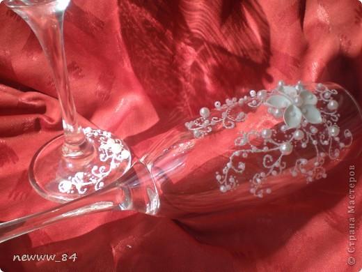 """Эксперименты по лепке цветочков -""""нерозочек"""" продолжались... И вот что из этого вышло)) Кстати, эта пара бокалов оказалась самой любимой у моего мужа. фото 2"""