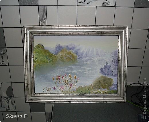 Случайно наткнулась в сети вот на этот сайтик - http://www.mtdesign.ru/archives/2699  И так мне захотелось порисовать=) В итоге, получилась (или не получилась?) эта картина. Ее размер - 43х30 см Результат мне, в общем-то, понравился, если учесть, что никогда подобного рода картины не рисовала. фото 2