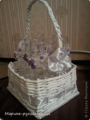 Вот такую корзиночку с бокалами в подарок на день рождения мне заказали  фото 2