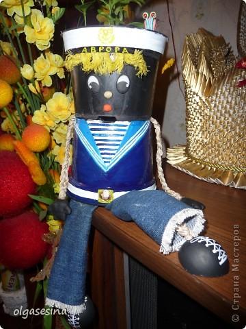 Вот и готов мой кавалер для горшечной девушки. Решила что он будет моряком и к тому же чернокожим (других горшочков не нащлось в доме) фото 1