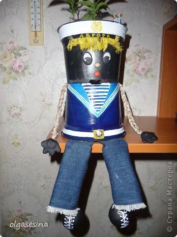 Вот и готов мой кавалер для горшечной девушки. Решила что он будет моряком и к тому же чернокожим (других горшочков не нащлось в доме) фото 2