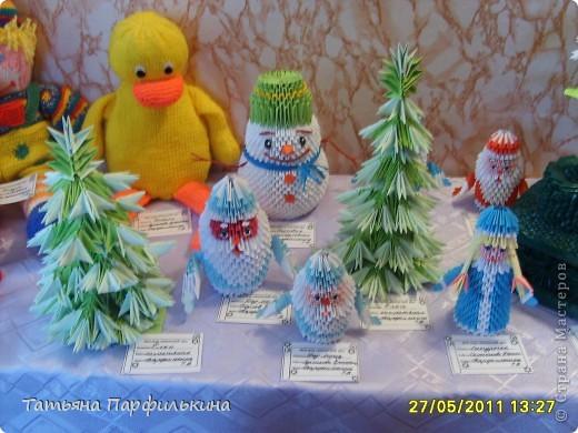 Выставка детских работ в Детском центре. Работы выполнены по книге Татьяна Просняковой и по страницам сайта Страны мастеров. фото 3