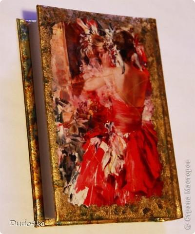 Эксклюзивный сверкающий ежедневник (не датированный), декорированный в технике декупаж, с отделкой хлопьями золотой потали.  фото 3