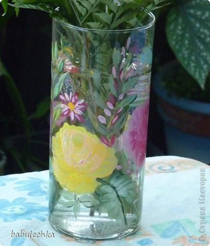 Нежнорозовая роза и бабочка фото 3