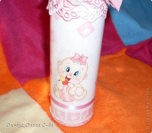 Бутылка сделана в подарок подруге, родившей третьего ребенка! фото 3