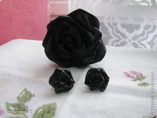 Первый раз лепила из пластики,покрыла краской для стекла и керамики черной. фото 4