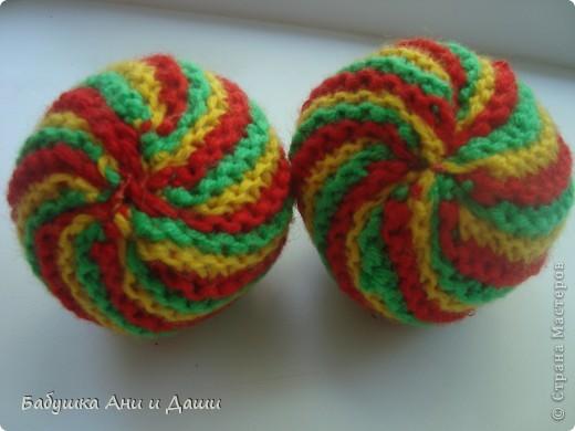 Вязанный мячик. фото 1