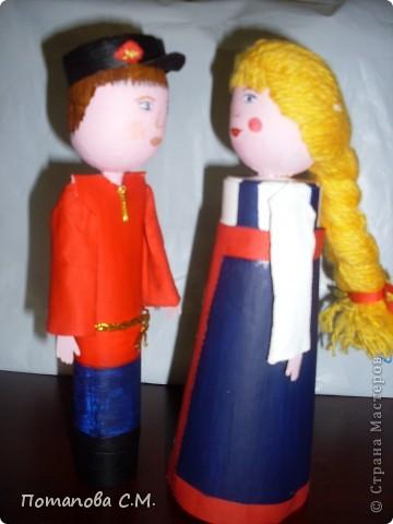Куклы сделанные из бросового материала расписанные акриловыми красками. Авторы Станина Ирина и Панковец Анастасия. фото 3
