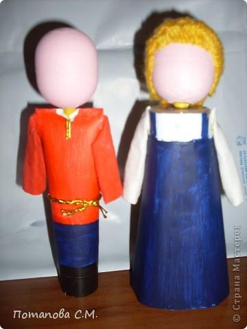 Куклы сделанные из бросового материала расписанные акриловыми красками. Авторы Станина Ирина и Панковец Анастасия. фото 2