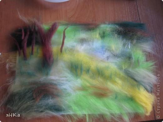 Всем добрый день! Хочу предложить вам мастер -класс по технике Painting wool или живопись шерстью.    Итак: Для работы взяла размер А4. Для начинающих мастериц лучше использовать картинку из журнала или любимую фотографию, так как она подскажет расположение цвета и теней. Использовала 100% тонкую шерсть и белоснежную вискозу. фото 4