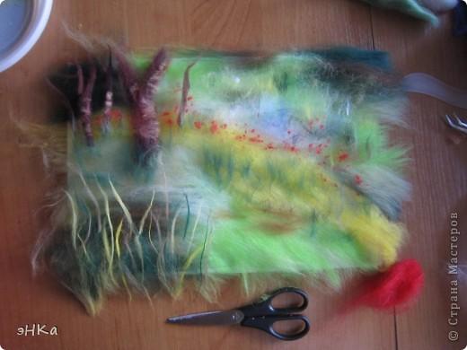 Всем добрый день! Хочу предложить вам мастер -класс по технике Painting wool или живопись шерстью.    Итак: Для работы взяла размер А4. Для начинающих мастериц лучше использовать картинку из журнала или любимую фотографию, так как она подскажет расположение цвета и теней. Использовала 100% тонкую шерсть и белоснежную вискозу. фото 5