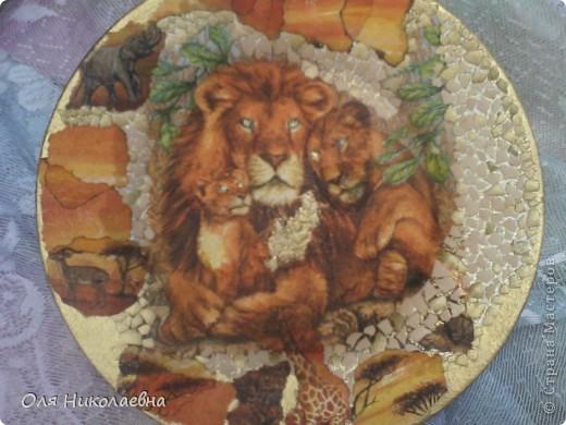 В подарок средней сестрёнке на день рождения. Она львица! Вот такая получилась тарелочка. фото 5