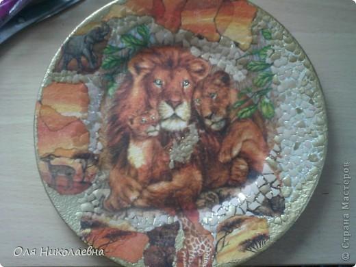 В подарок средней сестрёнке на день рождения. Она львица! Вот такая получилась тарелочка. фото 3