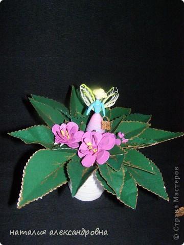 в квиллинге горшочек. феечка-цветочница, а цветок - не знаю. из бархатной бумаги делала листья, цветки - из резиновой фото 1