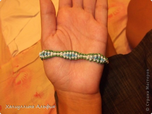 """Я предлагаю вашему вниманию мастер-класс по плетению очень простого и милого браслета из бисера """"Шишечки"""". фото 17"""