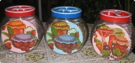 Были у меня стеклянные грустные баночки, хранили мы там травку(чабрец, календулу и мелиссу) для добавления в чай.  фото 5