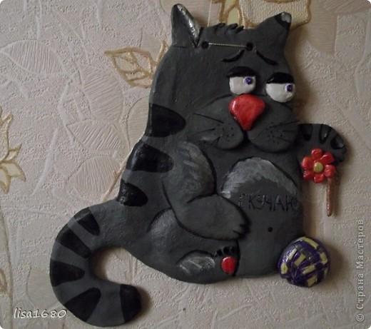 скучающий котик по хозяйке.Идея котика взяла с открытки.Получился очень оригинальна и похож чем то на моего серого кота.  фото 1