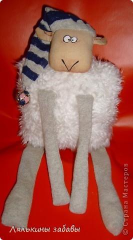 """по мотивам иллюстраций""""овечка Рассел"""" сидя 20 см,стоя-40см Лапки утяжелены пластиковым гранулятом. фото 1"""