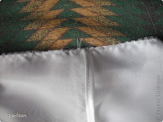 Вообще я не умею шить, если только что-то прострочить. но как получилось это платье, сама удивляюсь. Нам понадобится: ткань для топа - сорочечная (похожа на стрейч) ткань для юбки - сорочечная (хлопок), органза (у меня были обрезки от штор), косая бейка резинка шляпная, тонкая фото 12