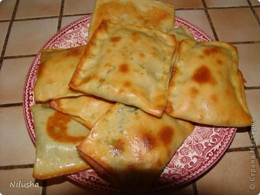 Я сама из Средней Азии и очень люблю наши блюда.Особенно когда далеко от дома человек скучает по домашней еде.Вот готовлю своим мои любимые блюда.Самса. фото 5