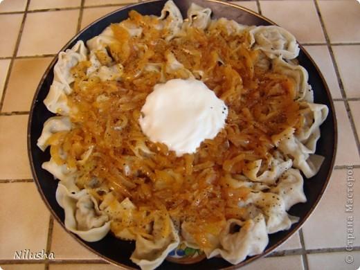 Я сама из Средней Азии и очень люблю наши блюда.Особенно когда далеко от дома человек скучает по домашней еде.Вот готовлю своим мои любимые блюда.Самса. фото 6