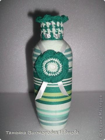 Здравствуйте мастера и мастерицы нашей страны! Представляю вашему вниманию новую коллекцию моих бутылочек и баночек. И так, начнём! Вот они выстроились все рядком и готовы к показу. По одному на подиум выходи! фото 3