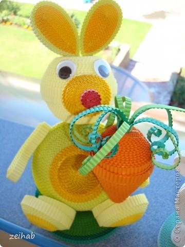 Заяц с морковкой. фото 1