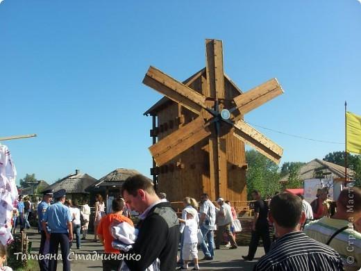 Сорочинский ярмарок проходит в поселке Большие Сорочинцы, Миргородского района,Полтавской области. фото 2