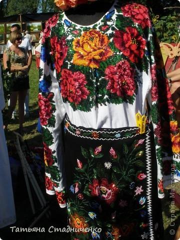 Сорочинский ярмарок проходит в поселке Большие Сорочинцы, Миргородского района,Полтавской области. фото 10