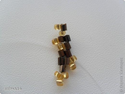 Золотистый бисер №10 и рубка шоколадного цвета. фото 20