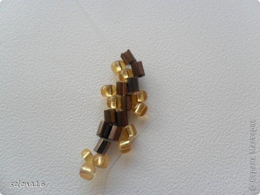 Золотистый бисер №10 и рубка шоколадного цвета. фото 22