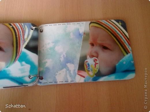 Этот альбомчик сделан по МК вот отсюда: http://www.scrap-info.ru/myarticles/article_storyid_503.html Моя племяшка - девочка-прелестница))) А поскольку мои любимые цвета все-таки (как раз) зеленый и синий, решила не отспупать от МК фото 8