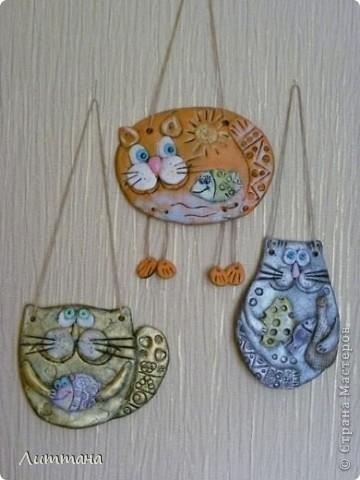 Теперь Лерочкины солёные котики совсем готовы!!! Роспись полусухой кистью очень её заинтересовала. фото 1