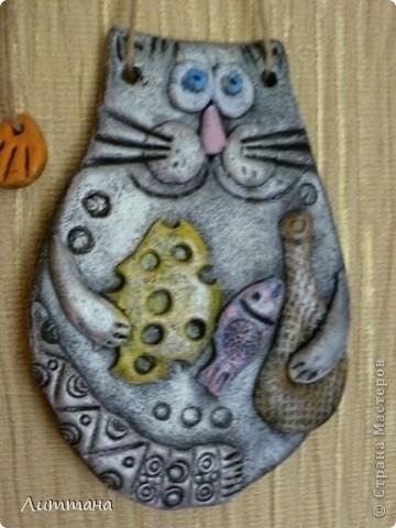 Теперь Лерочкины солёные котики совсем готовы!!! Роспись полусухой кистью очень её заинтересовала. фото 3