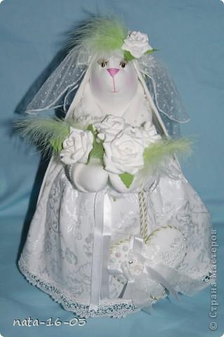 """Игрушка """"Зайка - невеста"""" фото 1"""