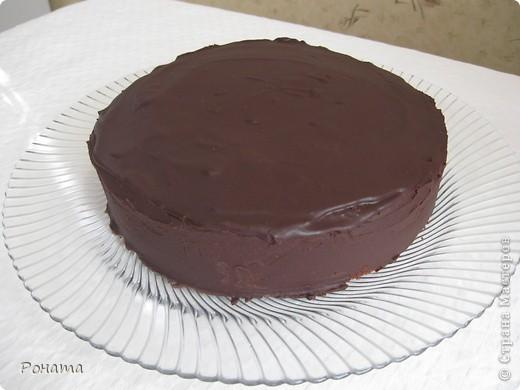 Этот знаменитый австрийский шоколадный торт наш самый любимый :) Готовлю его уже много лет.  И сегодня наш семейный праздник не обошелся без него.  Для любителей шоколадного-прешоколадного :)))) Угощайтесь! фото 2