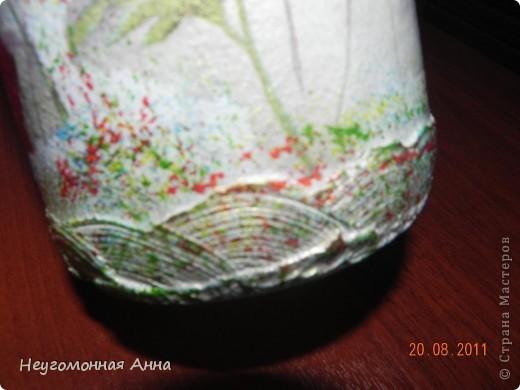 Вот такая бутылочка у меня родилась. Салфетки, шпатлёвка, перламутровая краска на всю бутылочку (и на салфетки в том числе), лак. фото 4