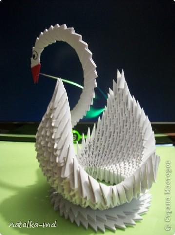 Это моя первая работа в технике модульного оригами. Не помню, где нашла описание работы, но старалась повторить точно.  фото 2