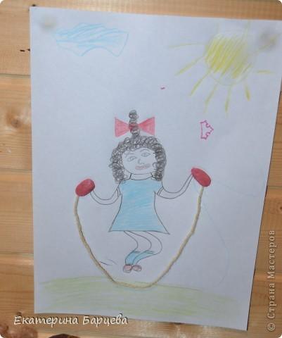 Эту работу, витраж, она делала для садика на конкурс и выиграла.... )))))) фото 6