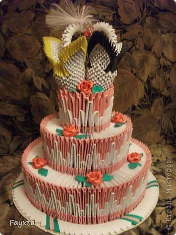 Вот и моя первая работа, спс sveta_psj Такой тортик у себя на свадьбе хочу разыграть в аукционе)) фото 3
