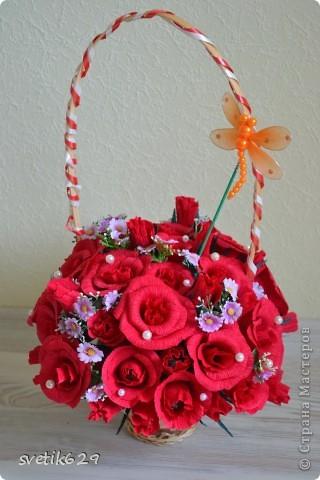 Моя первая сладкая корзиночка роз сделана в подарок на День рождение подружке. фото 3