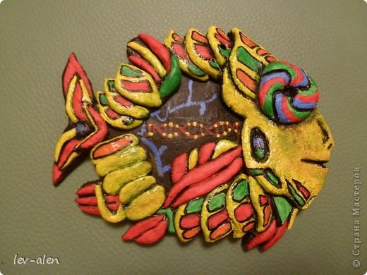 Поделка изделие Лепка Роспись Рыбка сапиенс Краска Тесто соленое фото 4