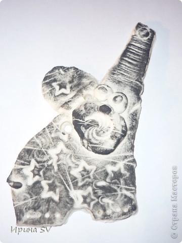 Говорят, что слоны с хоботом вверх приносят удачу. Такого поющего слона видела на сайте СМ, только в тканном варианте, автора, к сожалению, не помню. фото 2