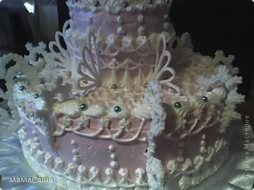 Вот такой свадебный тортик получился первый в этом сезоне. фото 2